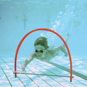STAND UP SWIMMING HOOP